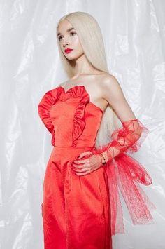 Im Poppy, That Poppy, Role Models, Cool Girl, Poppies, Strapless Dress, Fancy, Youtubers, Singers