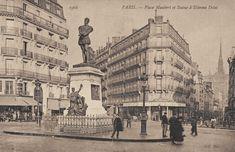 La place Maubert et une meilleure vue de la statue d'Etienne Dolet, vers 1900. On aperçoit la flèche de Notre-Dame au bout de la rue Frédéric-Sauton.