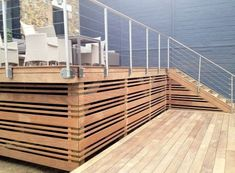 Deck railing isn't just a safety and security attribute. It can add a magnificent aesthetic to frame a decked location or veranda. These 36 deck railing ideas show you how it's done! Deck Railing Design, Patio Deck Designs, Deck Railings, Horizontal Deck Railing, Reling Design, Modern Design, Deck Skirting, House Skirting, Deck With Pergola