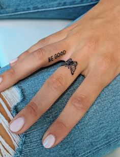 cute finger tattoos are fashion in the young tattoos, little tattoos, finger tattoos 15 ~ thereds.