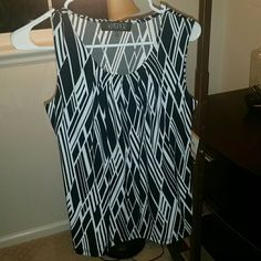 Brand new top New with tags. Perfect for layering. Great career wear under blazer or cardigan. Kasper size small. Trendy black and white with slightly gathered neck design. Kasper Tops Tank Tops