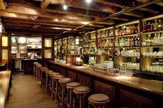 The Dead Rabbit Grocery & Grog // Los 10 mejores bares de copas del mundo.