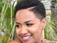 5 Rockin' Short Hairstyles to Try this Season – Model Hairstyles Natural Hair Short Cuts, Short Natural Haircuts, Short Afro Hairstyles, Tapered Natural Hair, Short Sassy Hair, Short Hair Cuts, Natural Hair Styles, Twa Haircuts, Tapered Twa Hairstyles