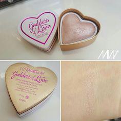 Makeup Revolution I makeup blushing hearts - Godess of Faith #makeuprevolution #swatches #highlihter