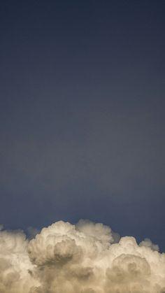 phone wallpaper sky Wallpaper SKY: above the clouds - Wallpaper Sky, Tumblr Wallpaper, Screen Wallpaper, Wallpaper Backgrounds, Aesthetic Backgrounds, Aesthetic Iphone Wallpaper, Aesthetic Wallpapers, Sky Aesthetic, Angel Aesthetic