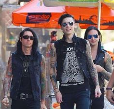 Jake Andy and Jinxx there facesXD