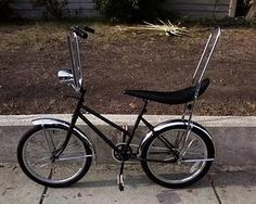 I had a bike like this. I don't remember the color but I do remember using clothes pins and fastening cards that would make a noise in the spokes. We also had very long bike flags. This was before the chain guard. I shredded many pairs of jeans.