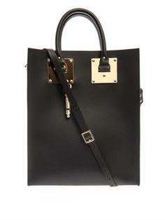 This week fashion crush post is about the British designer Sophie Hulme who creates sleek and sophisticated handbags. For every collection, she designs a golden charm taking inspiration from her huge collection of ancient charms, plastic toys and leather pouches. You can shop her handbags on www.net-a-porter.com