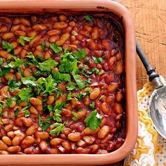 Baked beans are the quintessential American side dish, often popping up at picnics, barbecues, and potlucks. Bean recipes are also perfect for a casual supper at home, pairing well with grilled meats or sandwiches. Make baked