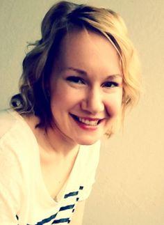 COMMuunin blogissa pureudutaan työryhmien vuorovaikutukseen, kun vierasbloggaaja Eveliina Pennanen pohtii ryhmien työhyvinvointia. Tärkeä aihe! http://commuuni.fi/vierasblogi-hyvinvoivassa-ryhmassa-jaksaa-jatkaa/