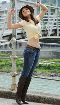 Indian Actress Hot Pics, Indian Actresses, Yellow Tees, Cinema Actress, Telugu Cinema, Indian Beauty, Photo Galleries, Hair Beauty, Skinny Jeans