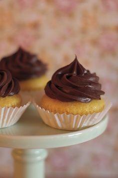 Cupcakes de clementina e chocolate