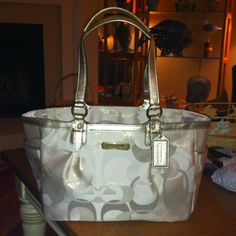 New coach purse from the outlet :-)