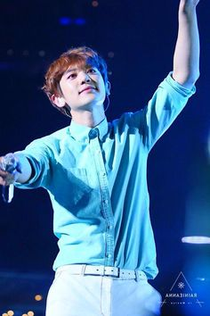 Park Chanyeol 170427 EXO'rDium in Mexico Park Chanyeol, Exo, Winter Hairstyles, Hair Color, Eye Palette, Popsicles, Hair Colors, Haircolor, Hair Dye