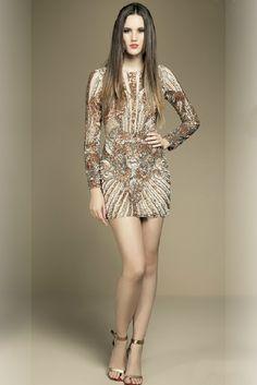 vestido MABEL MAGALHAES (VT1931OURO) tem na LOJA VILLA