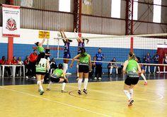 A Prefeitura de Santa Bárbara promove na próxima semana três seletivas para a composição das equipes de Vôlei Feminino do Município.