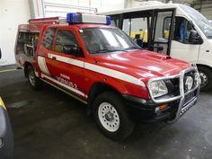 Feuerwehrfahrzeug Mitsubishi Club Cabin L 200 4WD TD GL - Feuerwehrfahrzeuge der Flughafen Wien - Gruppe - Karner & Dechow - Auktionen