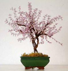 Il lavoro con le perline: creare un albero di perline