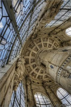 Historical Architecture, Classical Architecture, Art And Architecture, Le Bourgeois Gentilhomme, Chambord Castle, Cheverny, Fantasy Places, French Chateau, Forgotten Realms