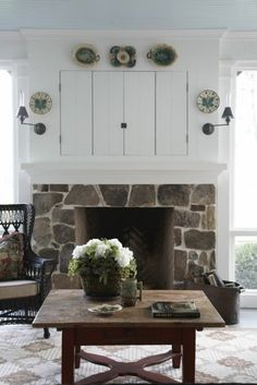 Hilltop farm house screened porch fireplace again. I really like the rustic stonework on outside fireplaces. – My future home – fireplace Tv Over Fireplace, Outside Fireplace, Porch Fireplace, Cottage Fireplace, Fireplace Cover, Farmhouse Fireplace, Fireplace Surrounds, Fireplace Design, Fireplace Ideas
