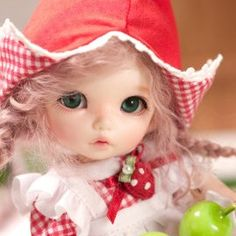 Lovely doll! :3 ( Pukifee Ante!)