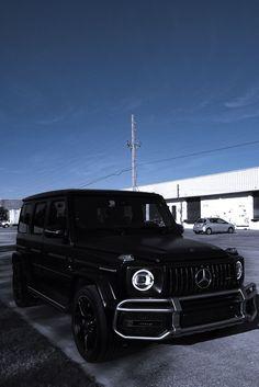 G Wagon Matte Black, Black G Wagon, Matte Cars, Matte Black Cars, Mercedes Benz Suv, Mercedes G Wagon Interior, Lux Cars, Jeep Cars, Fancy Cars