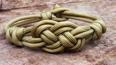 How You Can Make A Carrick Bend Bracelet With Paracord