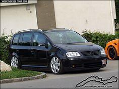 VW Touran Volkswagen Touran, Cars And Motorcycles, Scenery, Vans, Golf, Trucks, Vehicles, Ideas, Autos