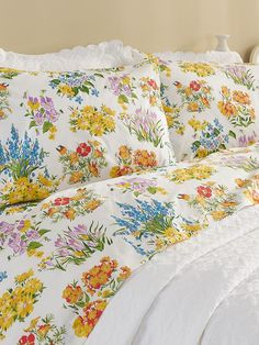 Browse our selection of Comfortable Bedding. Our variety of Quality Bedding Sets consisting of flannel sheets, throws, pillows and more will enhance your home. Duvet Bedding, Comforter Sets, Linen Bedding, Bed Linens, Percale Sheets, Bed Sheets, My New Room, My Room, Dorm Room