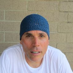 I hand crocheted this kufi with blue hemp yarn...it is made for those of you who prefer their beanies skull cap style measuring 7 long and only just covering your ears- this will fit (or stretch to fit) most average size heads (20-23 in circumference)- we are happy to make you a custom size (at no extra cost!). 7= 17.78 centimeters long 20-23= 50.80- 58.42 centimeters in circumference  this hat was made with care, attention to detail and nice quality hemp yarn which will keep you c...