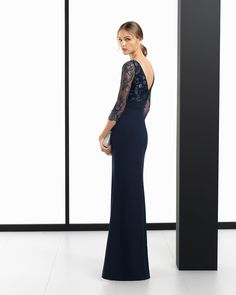 Long crepe Georgette and lace cocktail dress, in navy blue, red, cobalt, smoke and aquamarine. 2018 ROSA CLARA COCKTAIL Collection.