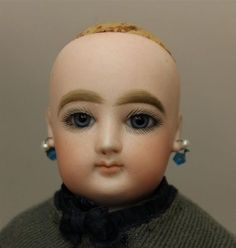 16-F-G-ANTIQUE-BISQUE-SHOULDERHEAD-FRENCH-FASHION-DOLL-TRUNK-WITH-ADDITION