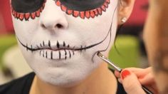 8 Creative (and Mostly Simple!) DIY Halloween Makeup Ideas | Archetypes