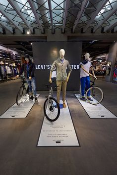 """""""Levi's Commuter"""",at Regent Street, London,UK by Lucky Fox, pinned by Ton van der Veer Retail Store Design, Retail Shop, Retail Stories, Fashion Retail Interior, Clothing Store Design, Clothing Stores, Bicycle Store, Showroom Interior Design, Retail Merchandising"""