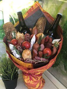 Edible Bouquets, Fancy Desserts, Basket Weaving, Food Art, Serving Bowls, Baskets, Food And Drink, Tableware, Creative