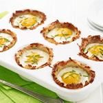 Baked Eggs in Hashbrown Cups