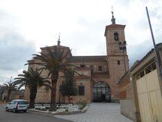 Iglesia de Santo Tomas Cantuariense. Debido al patrocinio de la reina Leonor de Inglaterra se haya dedicada a un santo inglés-