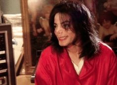 itsjustdesire:   Cute Moments of MJ|Living with Michael Jackson  requested by anonymous
