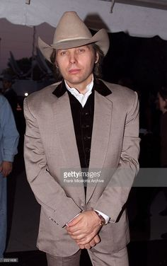 Dwight Yoakam arrives for the 34th Annual CMA Awards at the Grand Old Opry in Nashville, TN, 10/4/00.