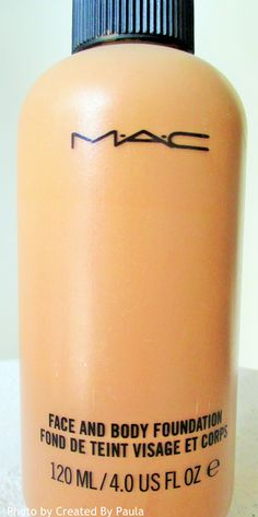 MAC Face and Body foundation voor de donkere huid. C7