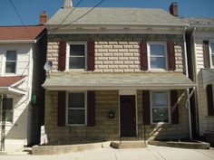 215 3rd st Hanover Pa 17331 Price:  Buy with $1,000 dwn & $544/mth with government financing or only  $99,900  Please call Ryan today at 717-309-5808 for more information! Serious inquires only please Property owner is a PA Licensed Sales Person
