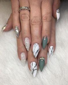 "587 Me gusta, 10 comentarios - Tara (@bossbeauty_bytara) en Instagram: ""Marble and matte!! #pretty #art #nice #nails #nailart #nicenails #BossBeautybyTara #bling…"""