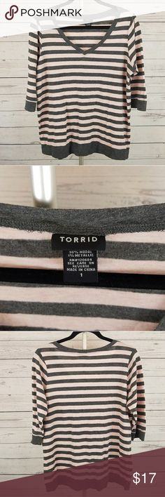 Women's Torrid Striped V-Neck Top Size 1 (1X) This is a cute Torrid striped 3/4 sleeve v-neck top in size 1 (1X) with metallic/glitter. Torrid Tops