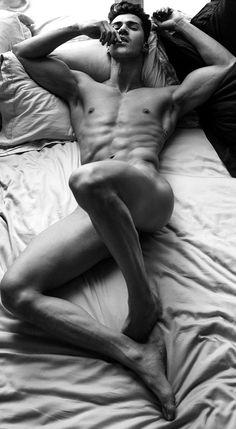 Photography - Black and White - Boudoir - Dudeoir - Pose Idea - Posing