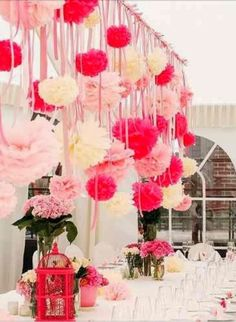 8 Timeless Valentine's Day Wedding Ideas for the Perfect Wedding - Wedding Decoration. http://memorablewedding.blogspot.com/2014/01/9-timeless-valentines-day-wedding-ideas.html
