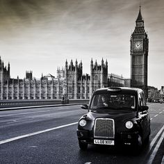 London, Big Ben, and London Taxis. Oh The Places You'll Go, Places To Travel, Places To Visit, Big Ben, Beautiful London, London Photography, White Photography, England And Scotland, Shows