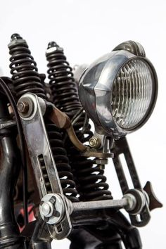 epicurialist: style-cool-ture: Close off Vintage Bikes, Vintage Motorcycles, Custom Motorcycles, Custom Bikes, Motorcycle Headlight, Bobber Motorcycle, Moto Bike, Motos Bobber, Bobber Chopper