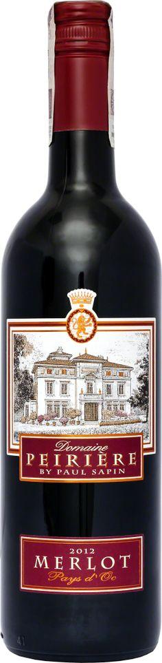 Domaine Peirière Merlot Pays D'OC Klasyczny przykład szczepu Merlot z południa Francji. Dominują aromaty dojrzałych czerwonych owoców wraz ze słodką śliwką. Niezbyt agresywne, będzie dobrym winem do duszonych mięs i pieczeni. Francuskie wina potrafią zaskoczyć i właśnie tak jest z tym winem. Winezja #Langwedocja #Merlot #Wino Saint Chinian, Cabernet Sauvignon, Sauce Bottle, Whiskey Bottle, Drinks, Beverages, Drink, Beverage, Drinking