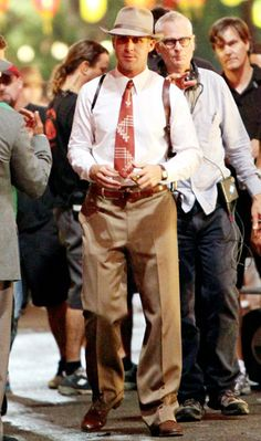 Ryan Gosling looking retro-sexy as a hot mobster in Gangster Squad