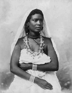 "Africa   ""Soudanaise"".  Egypt.  Dated 1903.   Vintage postcard; Comptoir Philatélique d'Egypte Alexandrie."
